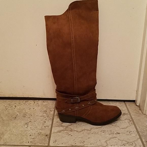 75444b4b2376 Mudd Shoes | Knee High Boots | Poshmark
